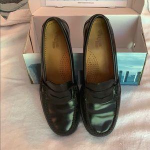 Weejuns Kartherine II Black loafers size 8.5